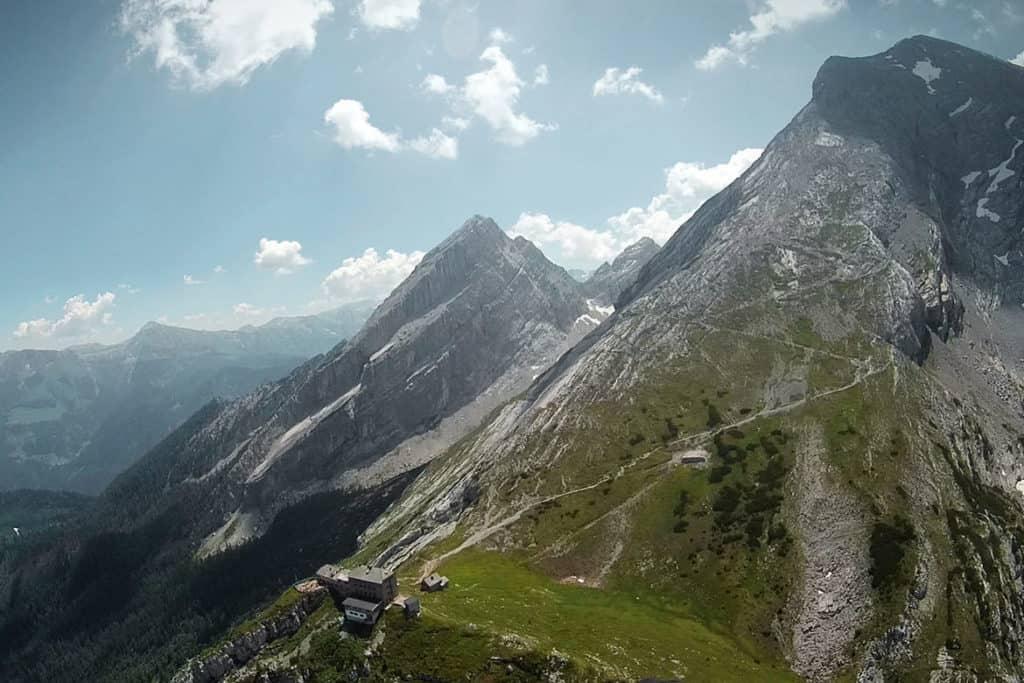 Tandemflug vor der Kulisse des Watzmann, Berchtesgaden, BGL.